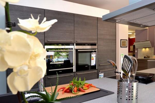 resch einbauk chen ihre k chenprofis zweimal im saarland resch einbauk chen ihre. Black Bedroom Furniture Sets. Home Design Ideas